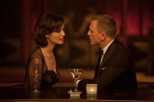 James Bond having drinks with a beautiful woman. Image from Amazon.com.
